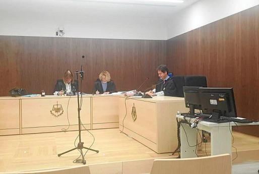 El juicio se celebró en la sala de vistas de los juzgados de lo Penal.