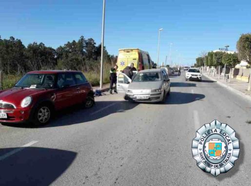 El conductor fue atendido por el 061 y denunciado por la Policía Local de Sant Josep.