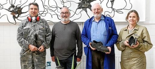 De izquierda a derecha, Antoni Villalonga, el profesor Nadal Marc, Jaume Comas y Esther Hernández.