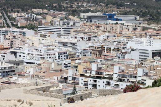 Vistas del centro y la zona de Can Misses en la ciudad de Ibiza.