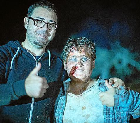 Según el director ibicenco Héctor Escandell, Miquel Montoro se comportó «como un gran profesional y siempre de buen humor para aguantar las largas horas de maquillaje y el intenso día de rodaje».