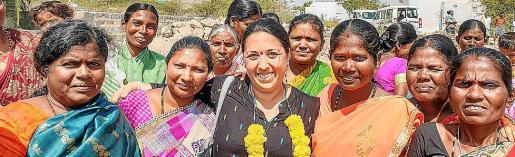 Doralice Souza, en el centro, ha vivido unos días inolvidables en la India.