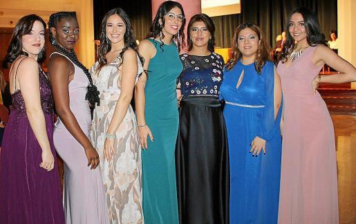 Nerea Romero, Cristina Capita, Natalie Huggler, Paula Castellanos, Ángela Alcalá, Milagros Aragón y Dámaris Cabañez.