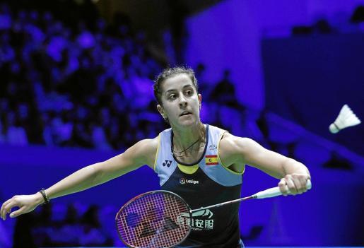 Carolina Marín ejecuta un golpe durante una competición reciente.