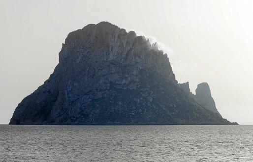 Imagen del islote de es Vedrà, donde se encuentran las cabras.