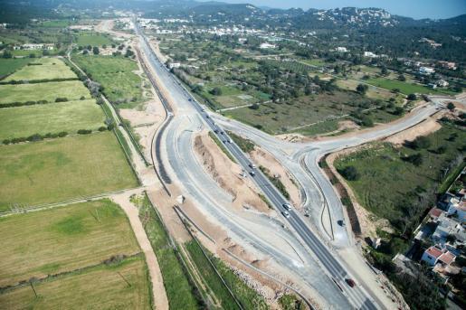 Una de las imágenes que muestra los avances en la carretera de Ca na Negreta.