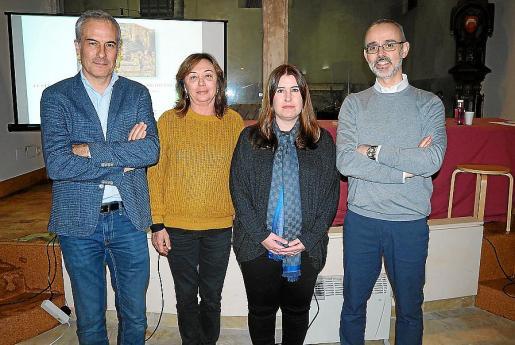 Enrique García, Tina Sabater, Magdalena Cerdà y Pere Verdés.