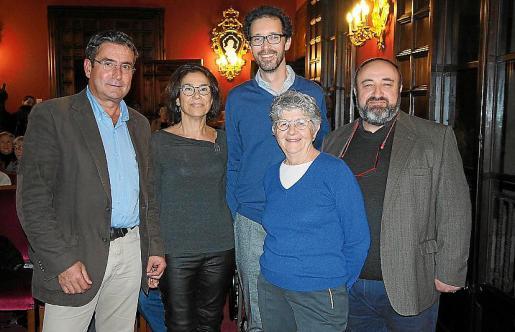 Tomeu Bennàssar, Maria Gràcia Salvà, Antoni Pons, Catalina Cantarellas y Gracià Sànchez.