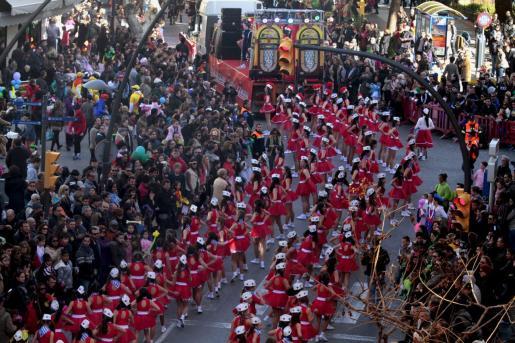 La rúa de Carnaval de Vila en una de sus ediciones pasadas.