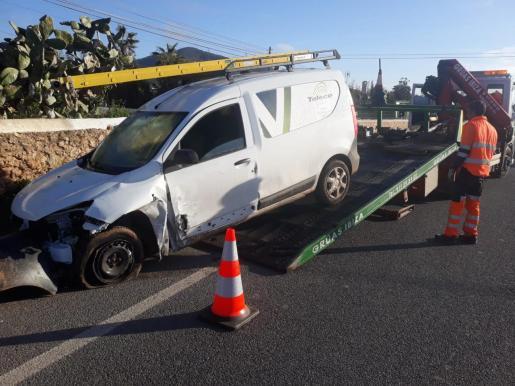 Imagen de uno de los dos vehículos implicados en el accidente.