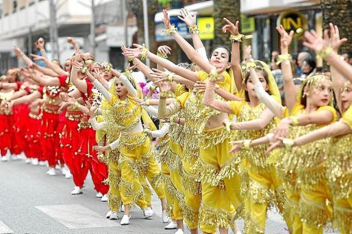 Imagen de archivo del desfile de carnaval del año pasado en Santa Eulària.
