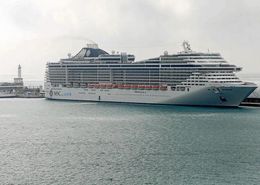 La temporada de cruceros arranca el mes que viene en Ibiza y algunos de estos buques llegan de Italia.