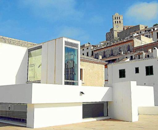 El Museu d'Art Contemporani d'Eivissa organiza y acoge algunos de los actos.