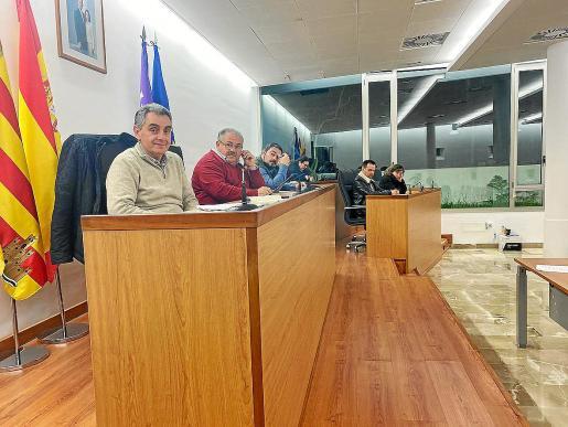 Una imagen del pleno celebrado ayer en el Ayuntamiento de Sant Joan de Labritja.