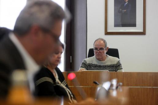El concejal de Mobilitat de Vila, Aitor Morrás, durante el pleno.