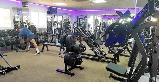 El gimnasio Nirvana ahora con instalaciones renovadas y espectaculares ofertas.
