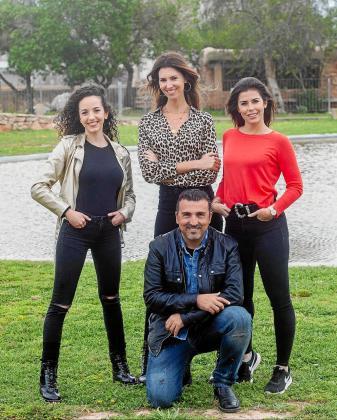 De izquierda a derecha, Julia Marí, Ana Vide, Chris Martos y Bárbara Hermosilla, ayer en Ibiza.