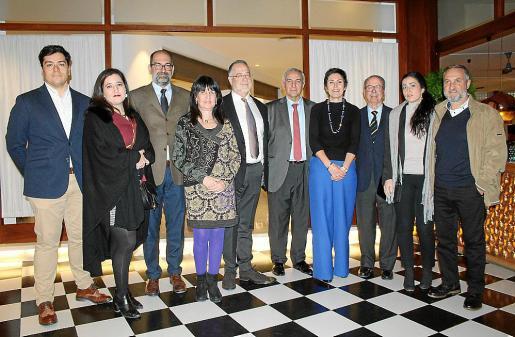 Carlos Quito, Amalia Pou, Andrés López, Angels Fermoselle, el coronel Juan Pinilla, Pere Ollers, Francisca Niel, Juan y Mercedes González de Chaves y Pablo Ferrer.