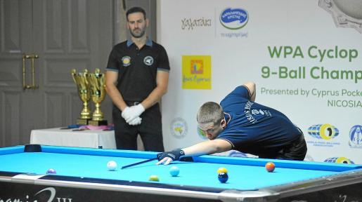 Jonás Souto ejecuta un tiro durante la final del Campeonato del Mundo sub-19, celebrado en Chipre en noviembre.