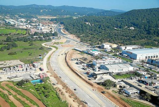 Vista aérea de la reforma de la carretera de Santa Eulària.