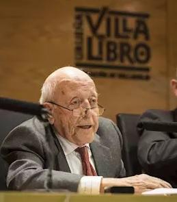 Jiménez Lozano en la Villa del Libro.