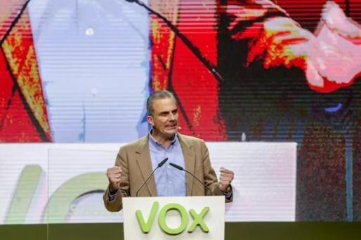 El secretario general de Vox, Javier Ortega Smith, interviene en el acto central de la Asamblea General Ordinaria del partido en el Palacio de Vistalegre (Madrid/España) a 8 de marzo de 2020.