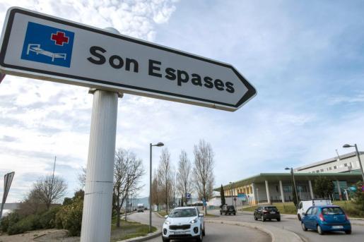 Vista exterior del hospital Son Espases, donde ha fallecido el paciente.