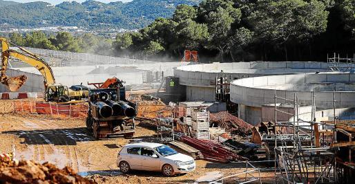Obras de la nueva depuradora de Vila situada en la zona de sa Coma.