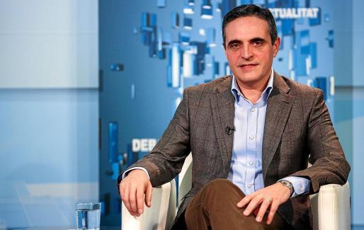 José Vicente Marí Bosó.