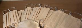Cuatro costureras de Formentera confeccionan 300 mascarillas para los comercios de la isla