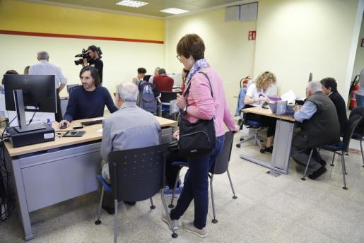 Imagen tomada en mayo de 2019 durante la campaña de la renta en Palma.