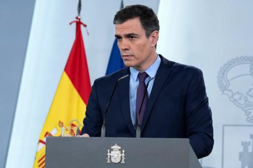 Fotografía facilitada por Moncloa de la rueda de prensa del presidente del Gobierno, Pedro Sánchez, ofrecida el domingo.