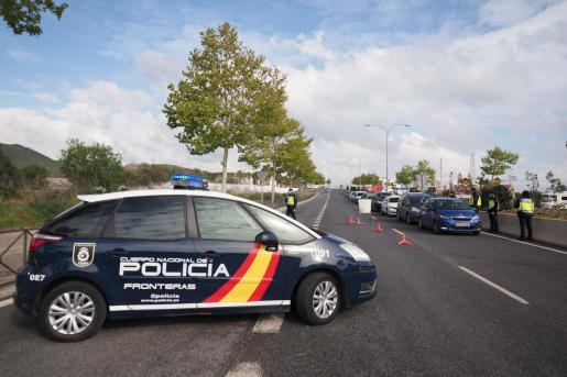 Control policial en Ibiza.