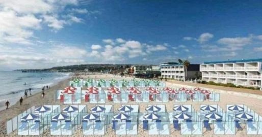 Playas con vitrinas en Italia para prevenir el coronavirus