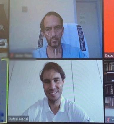 El tenista Rafa Nadal animó por video llamada sorpresa a pacientes con coronavirus