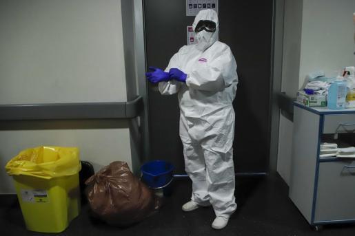 La protección es fundamental para evitar el contagio de los profesionales sanitarios.