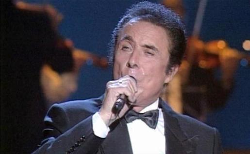 Fallece por coronavirus a los 88 años el actor y cantante 'Príncipe gitano'