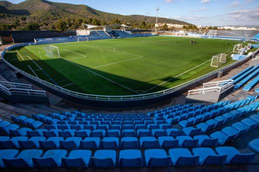 Una imagen del estadio de Can Misses vacío.