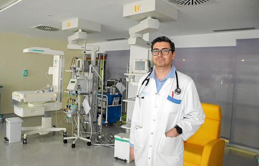 El pediatra Juan Antonio Costa lleva la unidad de cardiopediatría del Hospital Can Misses.