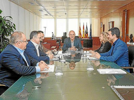 Imagen de archivo de uno de los últimos Consell d'Alcaldes que se celebró este año en Ibiza.