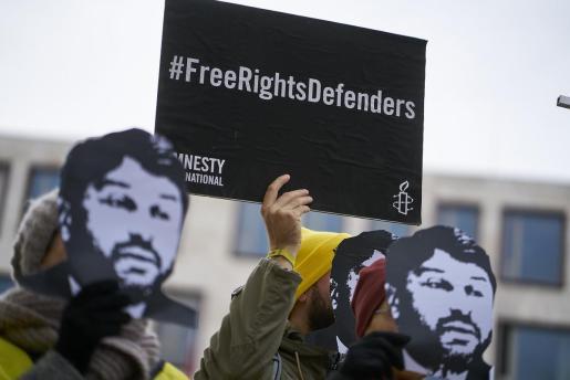 Amnistía Internacional critica la «represión» en el ejercicio del periodismo en la pandemia del coronavirus