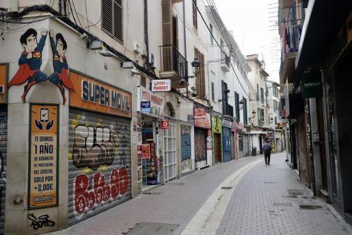 Imagen de comercios cerrados en Palma.