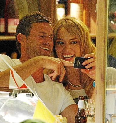 Durante esta semana, la bella presentadora Patricia Conde y el empresario mallorquín Carlos Seguí han disfrutado de románticas cenas y paseos en barco.