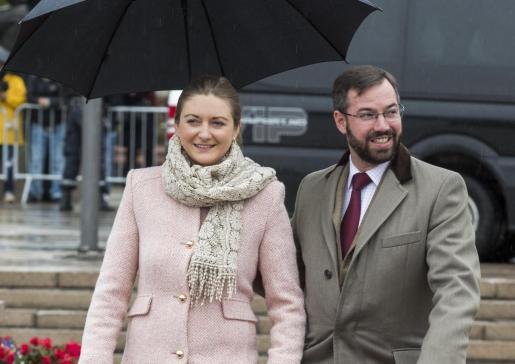 El príncipe Guillermo, gran duque heredero de Luxemburgo, y su esposa, la princesa Estefanía, han tenido su primer hijo.