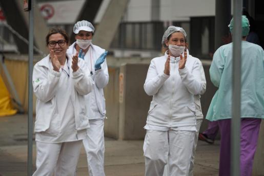 Un grupo de profesionales sanitarios en Urgencias de Can Misses.