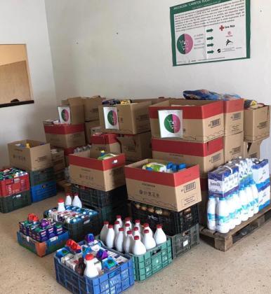 Una imagen de multitud de productos almacenados para su posterior donación.