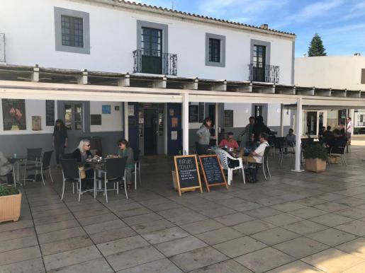 La terraza de un bar en Formentera.