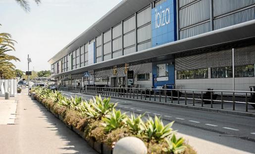 La reactivación de la actividad del aeropuerto de Ibiza se considera un factor clave.