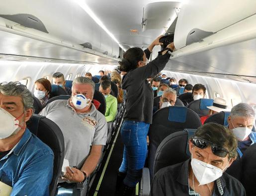 Imagen del vuelo de Air Europa de Palma a Ibiza durante el estado de alarma.