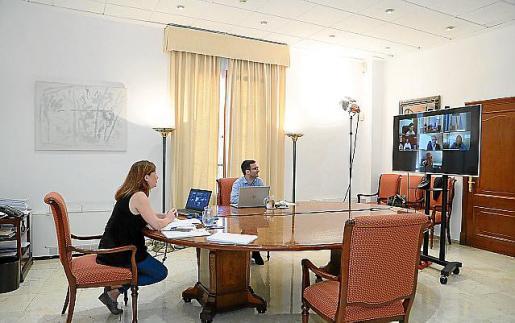 Imagen de la reunión telemática celebrada ayer.